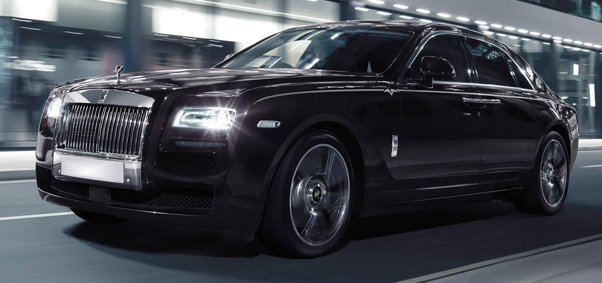 black-rolls-royce-phantom-hire-or-rolls-royce-ghost-hire